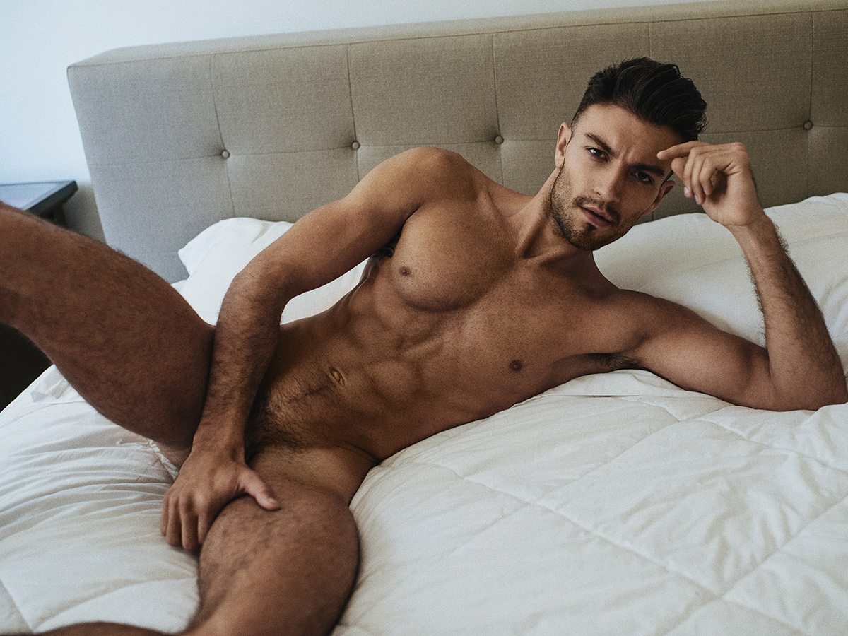 Hot nude male and women models