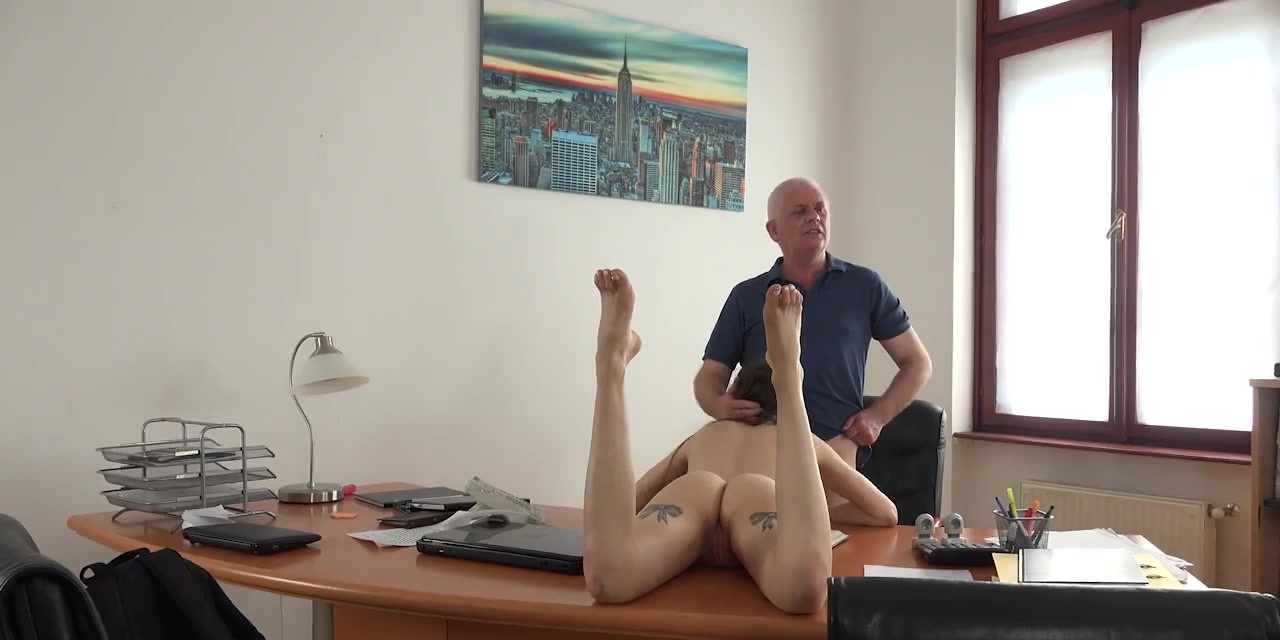 Young males get fucked in office